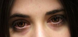 Gt Gt Fargede Kontaktlinser Hva Og Hvordan