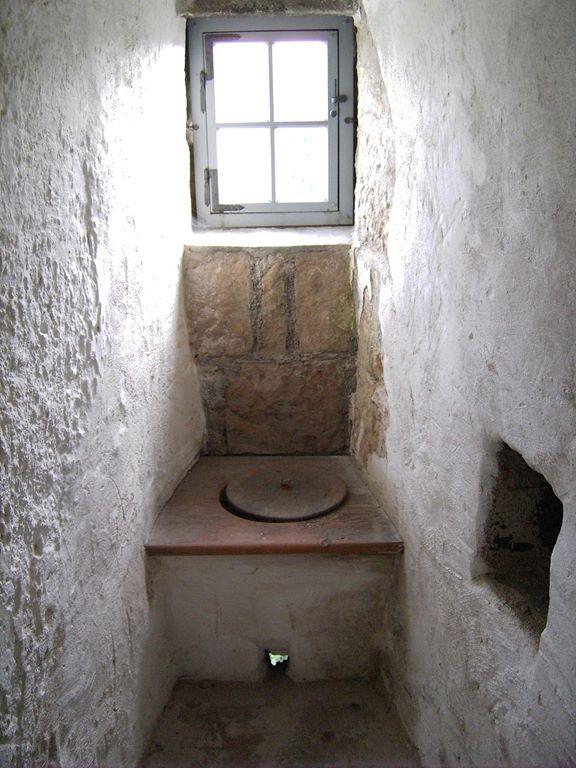 16-toalett