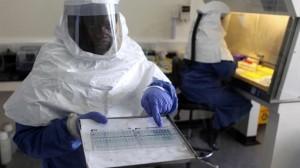 Helsearbeider i Ebolaområde