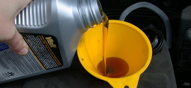 Oljeskift på båtmotoren – enkelt og greit