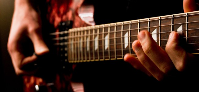 Kjøpe gitar? Les denne guiden først